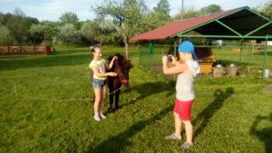 Экскурсия детей на пони ферму. Калининград